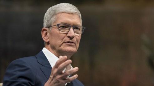 Giá trị vốn hoá Apple tiến sát 2.000 tỷ USD, CEO Tim Cook lần đầu thành tỷ phú