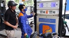 Giá xăng RON92 giữ nguyên, RON95 giảm nhẹ