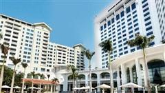 Mùa Covid-19 tranh thủ rủ gia đình 'staycation' tại các khách sạn sang chảnh Hà Nội: Xếp hạng toàn 4,5 sao nhưng giá chỉ trên dưới 1 triệu đồng/đêm