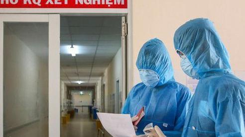 Nửa đêm, Sở Y tế Hà Nội phát thông báo khẩn tìm người đến quán bia Lộc Vừng