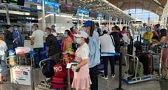 Gần 240 công dân Việt Nam từ Malaysia về nước an toàn