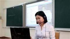 Trường nghề đẩy mạnh dạy học online, ứng phó với COVID-19