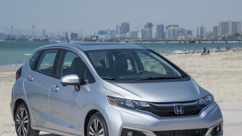 Giá xe ôtô hôm nay 13/8: Honda Jazz dao động từ 544 - 624 triệu đồng
