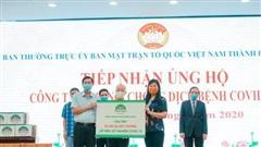 Bệnh viện đa khoa Hồng Ngọc tặng 20.000 bộ môi trường lấy mẫu xét nghiệm Covid-19 cho Hà Nội