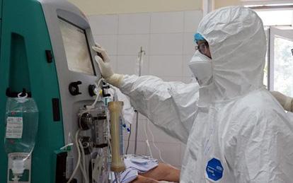 Bệnh nhân 812 tại Hà Nội, nhân viên giao hàng Pizza có diễn biến nặng