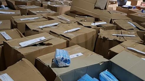 Bắt giữ gần 1 triệu khẩu trang không rõ nguồn gốc tại TP Hồ Chí Minh