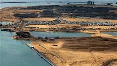 Trung Quốc cho vay 'cắt cổ', hàng chục nước nợ ngập đầu: Bắc Kinh thu lợi 'khủng' đến đâu?