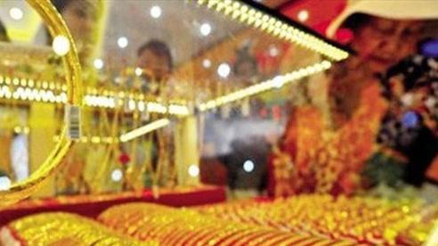 Giá vàng trong nước giảm xuống dưới ngưỡng 57 triệu đồng/lượng