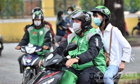 Gojek 'tung' chuyến đi 8.000 đồng