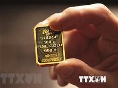 Giá vàng thế giới phục hồi nhanh, tăng 2,5% trong phiên 13/8