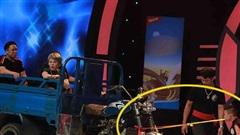 'Siêu tài năng Nhí: Cậu bé 10 tuổi, 27kg dùng răng kéo xe 900kg