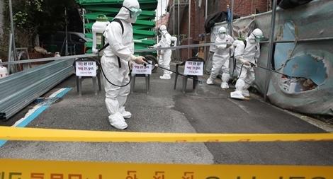 Ca nhiễm COVID-19 cao kỷ lục, Hàn Quốc siết chặt các biện pháp phòng bệnh
