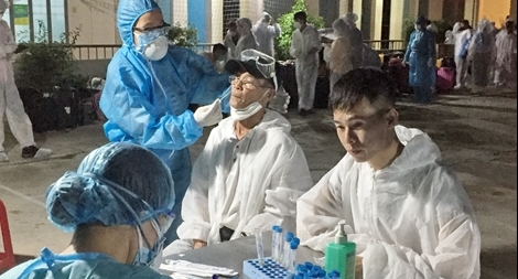 232 người trở về từ Malaysia đang cách ly tại Ninh Thuận đều âm tính