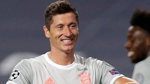 Bayern và Lewandowski lập vô số kỷ lục sau màn hủy diệt Barca