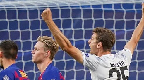 Thomas Muller trở thành cơn ác mộng với Barca trong ngày đi vào lịch sử