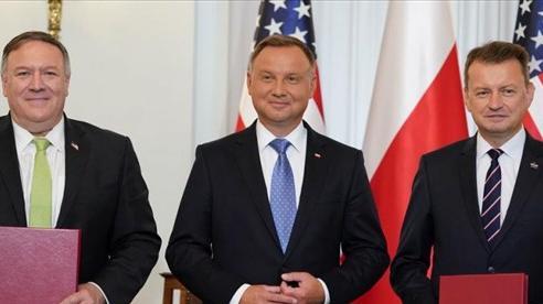 Ngoại trưởng Mỹ gặp Thủ tướng Ba Lan, ký thỏa thuận quốc phòng, bàn vấn đề Belarus