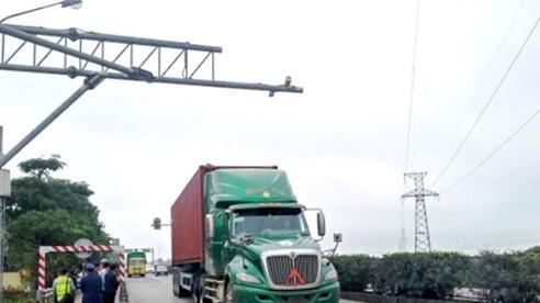 Thí điểm cân tải trọng xe tự động trên quốc lộ 5