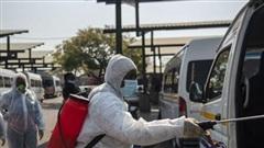 Nhiều nước trên thế giới tiếp tục áp đặt các biện pháp kiểm soát dịch Covid-19