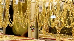 Giá vàng hôm nay 15/8: Kết thúc tuần giảm giá, người mua vàng vẫn lỗ 6 triệu đồng/tuần