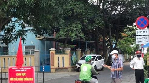 Đà Nẵng quyết liệt phạt người ra ngoài không cần thiết