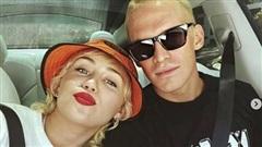 Miley Cyrus chia tay người yêu trẻ sau 10 tháng công khai