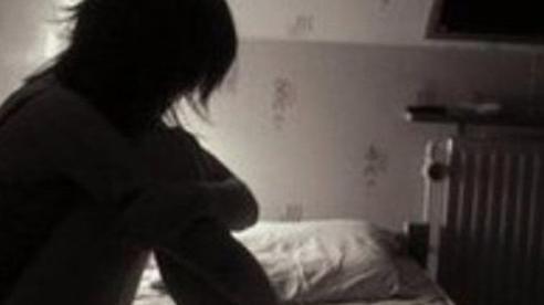 Nghiện phim cấp 3, thiếu niên chặn xe thiếu nữ đi đường để hiếp dâm