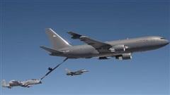 Mỹ biến KC-46A thành máy bay tiếp dầu biết đánh chặn