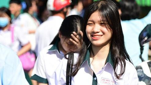 0,58 điểm/môn đỗ lớp 10: 'Học sinh thoát điểm liệt, đi học là quý'