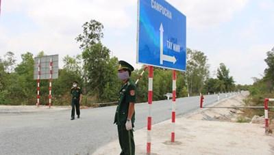 Chủ động kiểm soát dịch bệnh Chikungunya trên tuyến biên giới