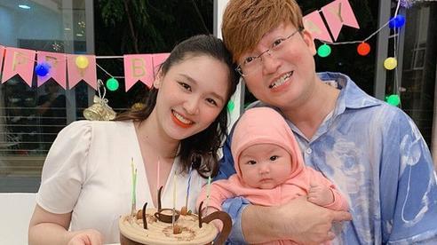 2 năm kết hôn, vợ Sỹ Luân vẫn chưa được mẹ chồng đón nhận
