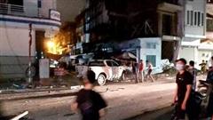 Xe sang Lexus gây tai nạn liên hoàn, nữ công an phường tử nạn