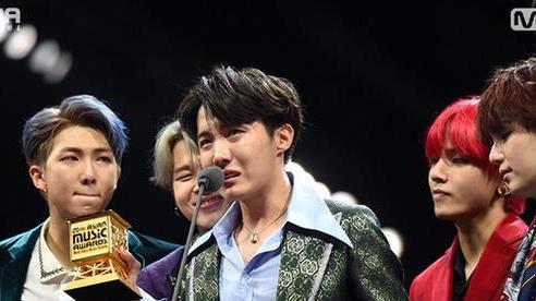 5 khoảnh khắc đau lòng ở lễ trao giải Kpop