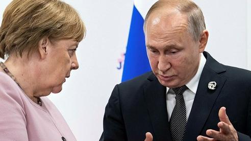 Belarus hỗn loạn hậu bầu cử: Châu Âu muốn siết chặt 'vòng kim cô' trừng phạt, ông Putin nói gì?