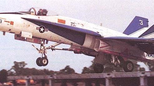 F-35, F/A-18 chứng minh cất cánh tốt với đường băng nhảy cầu
