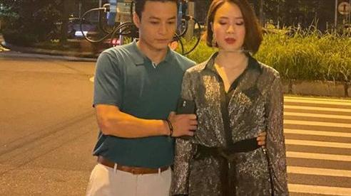 Chờ đợi mãi, cuối cùng Hồng Diễm và Hồng Đăng đã lộ ảnh bên nhau trong phim mới