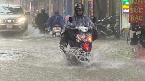 Dự báo thời tiết ngày 21/8: Hà Nội tiếp tụccó mưa rào và dông