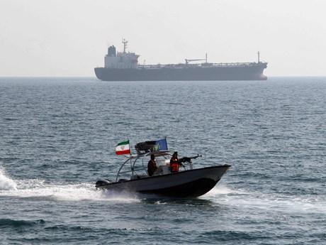 Iran bắt giữ tàu cùng thủy thủ UAE do xâm phạm lãnh hải