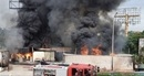 Hai xe bồn cháy rụi trong kho xăng dầu ở Hải Phòng