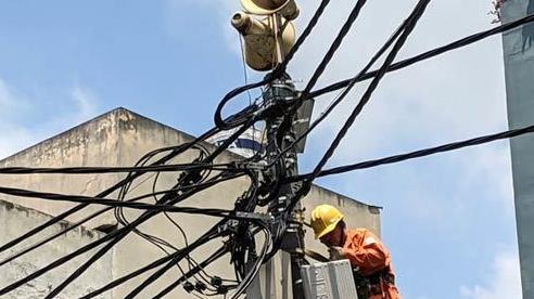 Phá băng độc quyền điện