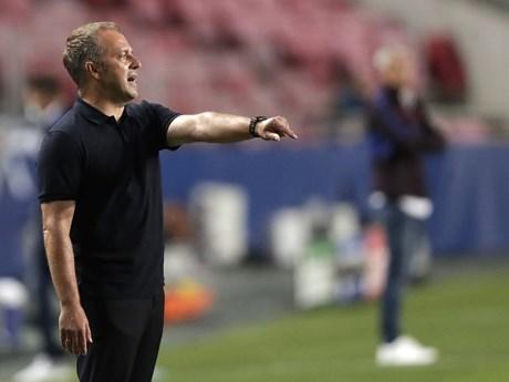 Bayern sẽ thất bại nếu Flick không thay đổi về chiến thuật, nhân sự?