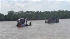 8 người lấy ghe cào đi câu cá, 4 người chết thương tâm