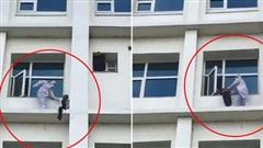 Bác sĩ cứu bệnh nhân Covid-19 định nhảy lầu tự tử