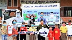 Hành trình trao sữa giữa đại dịch của Quỹ sữa Vươn cao Việt Nam, để mọi trẻ em được uống sữa mội ngày