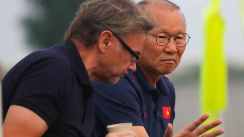 Tại sao HLV Park Hang-seo từ chối lời mời U22 Việt Nam thi đấu của 'phù thuỷ trắng'?