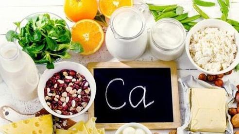 Những loại thực phẩm cung cấp canxi con cho con bạn ngang với sữa