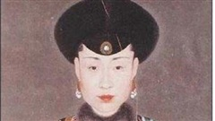 Hoàng hậu kỳ lạ nhất nhà Thanh: Ủng hộ con trai tiên Hoàng hậu lên ngôi, hưởng cuộc sống nhàn nhã đến 74 tuổi