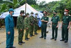 Trung tướng Nguyễn Tân Cương kiểm tra công tác 1389 và phòng chống Covid-19 của Bộ đội Biên phòng Lào Cai