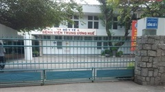 Bệnh viện Trung ương Huế tổ chức đón bệnh nhân ngoại tỉnh đến khám
