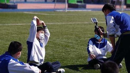 Trung Quốc theo dõi hoạt động đi lại của sinh viên để ngăn Covid-19 lây lan