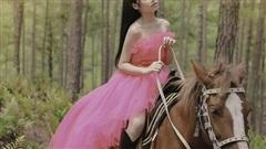 Mẫu nhí Bảo Hà hóa công chúa trong rừng